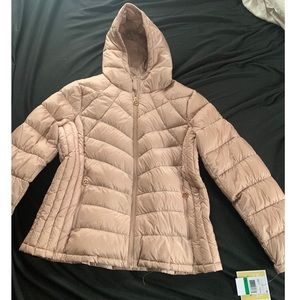 NWT Michael Kors champagne puffer jacket with hood